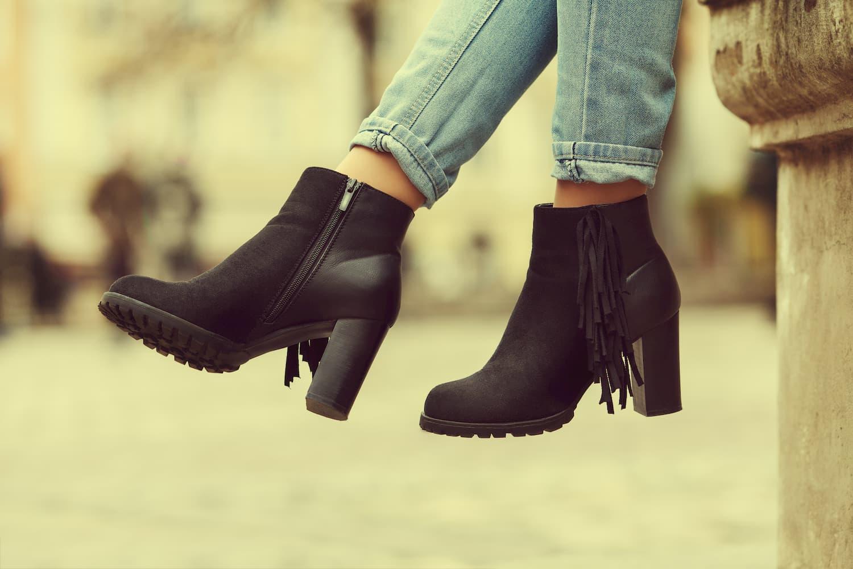 chaussures en daim